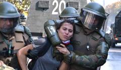Los DDHH de los Carabineros: INDH SE QUERELLA POR CARABINERA DE CIVIL QUE FUE AGREDIDA POR FUNCIONARIOS DE FUERZAS ESPECIALES